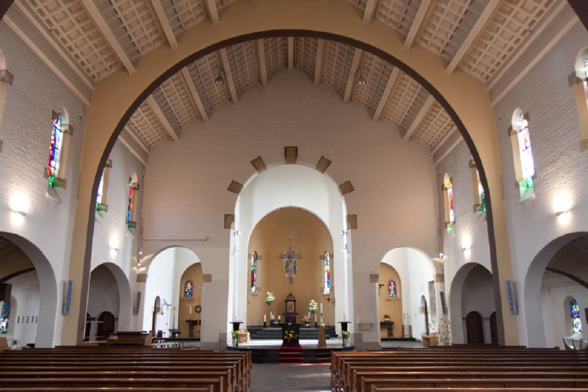 Interieur Antoniuskerk